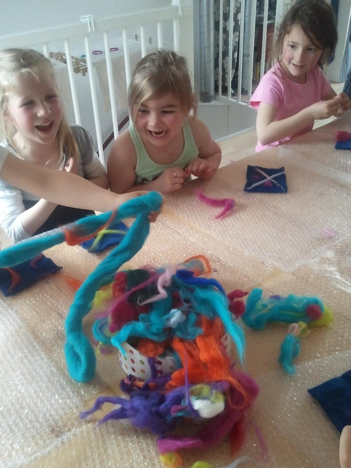 Toveren met wol in Vleuten: creatief kinderfeestje olé!