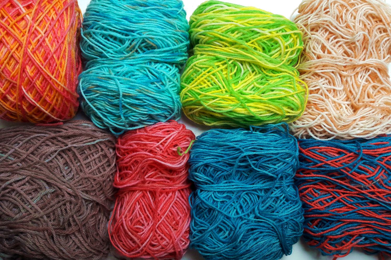 Workshop sokkenwol verven met voedingskleurstoffen